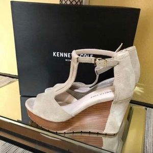 Suede Taupe Kenneth Cole Wedges - Size 8